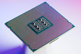 Intel Xeon E7 v2 Package