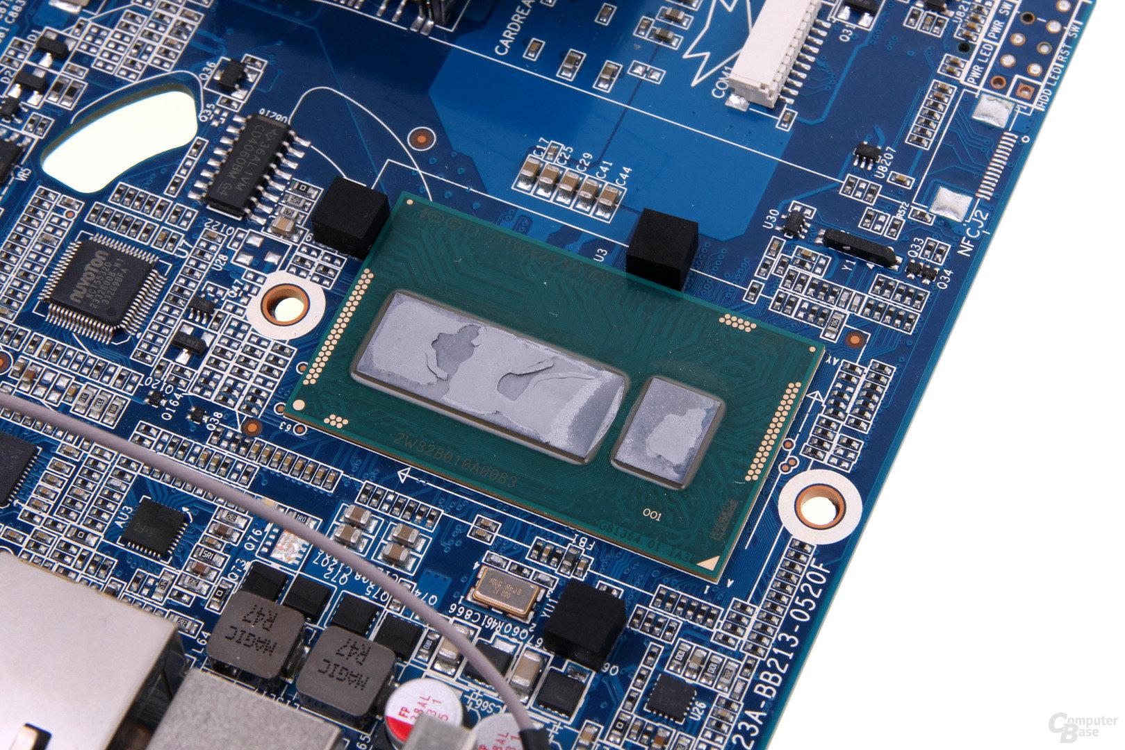 Intel Core i3-4010U als Multi-Chip-Package