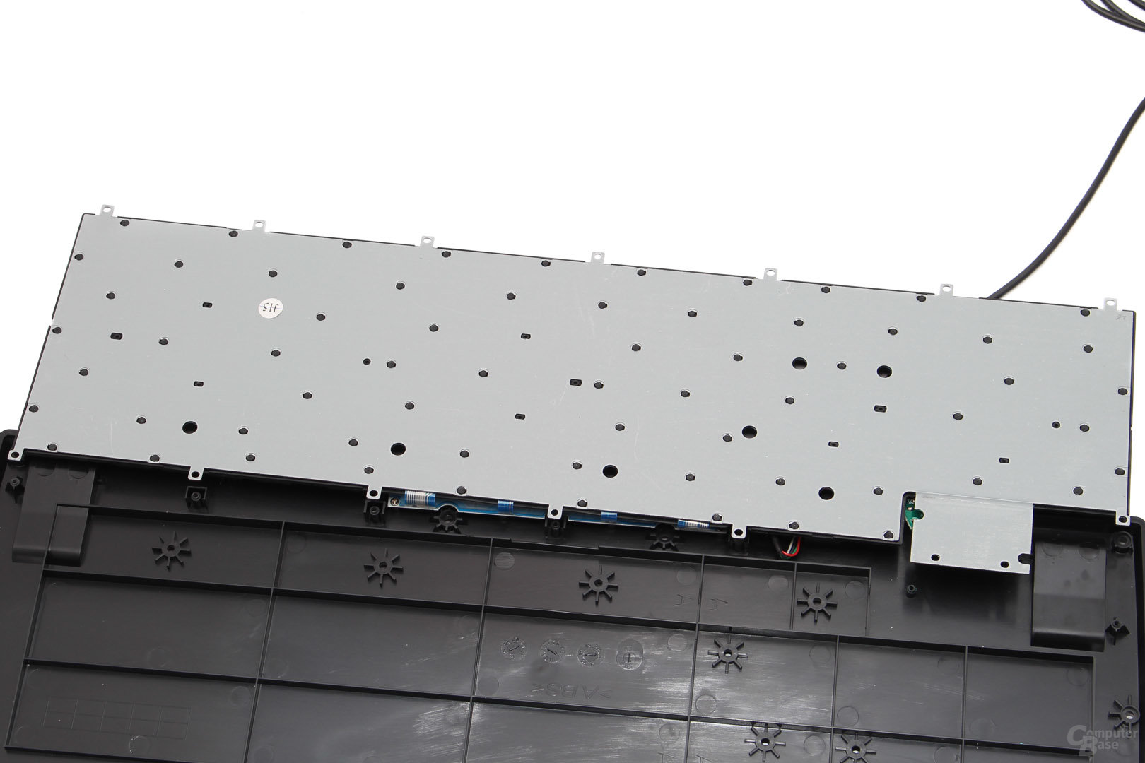 Rückseite mit Metallplatte