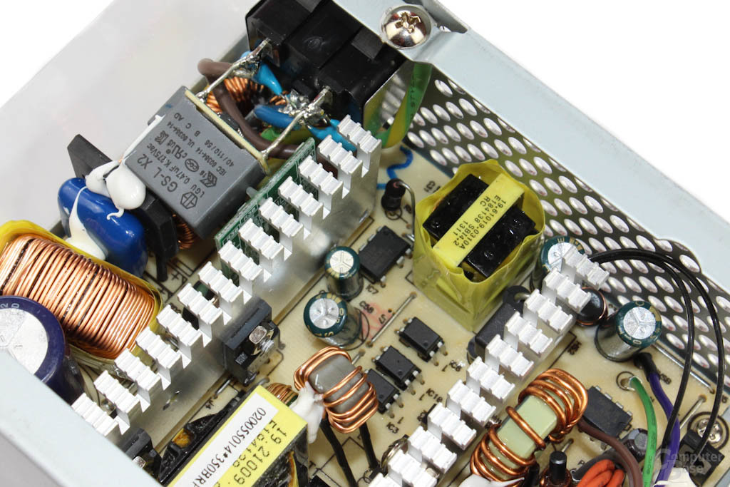 Chieftec SFX-350BS - Elektronik im Detail