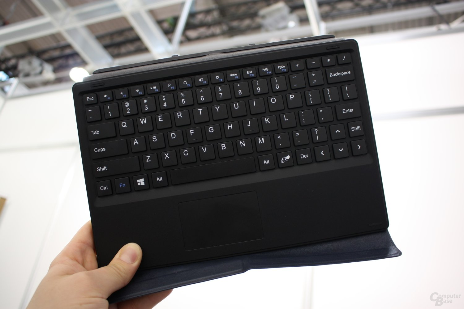 Schenker Tablet mit Bay Trail und Windows 8.1