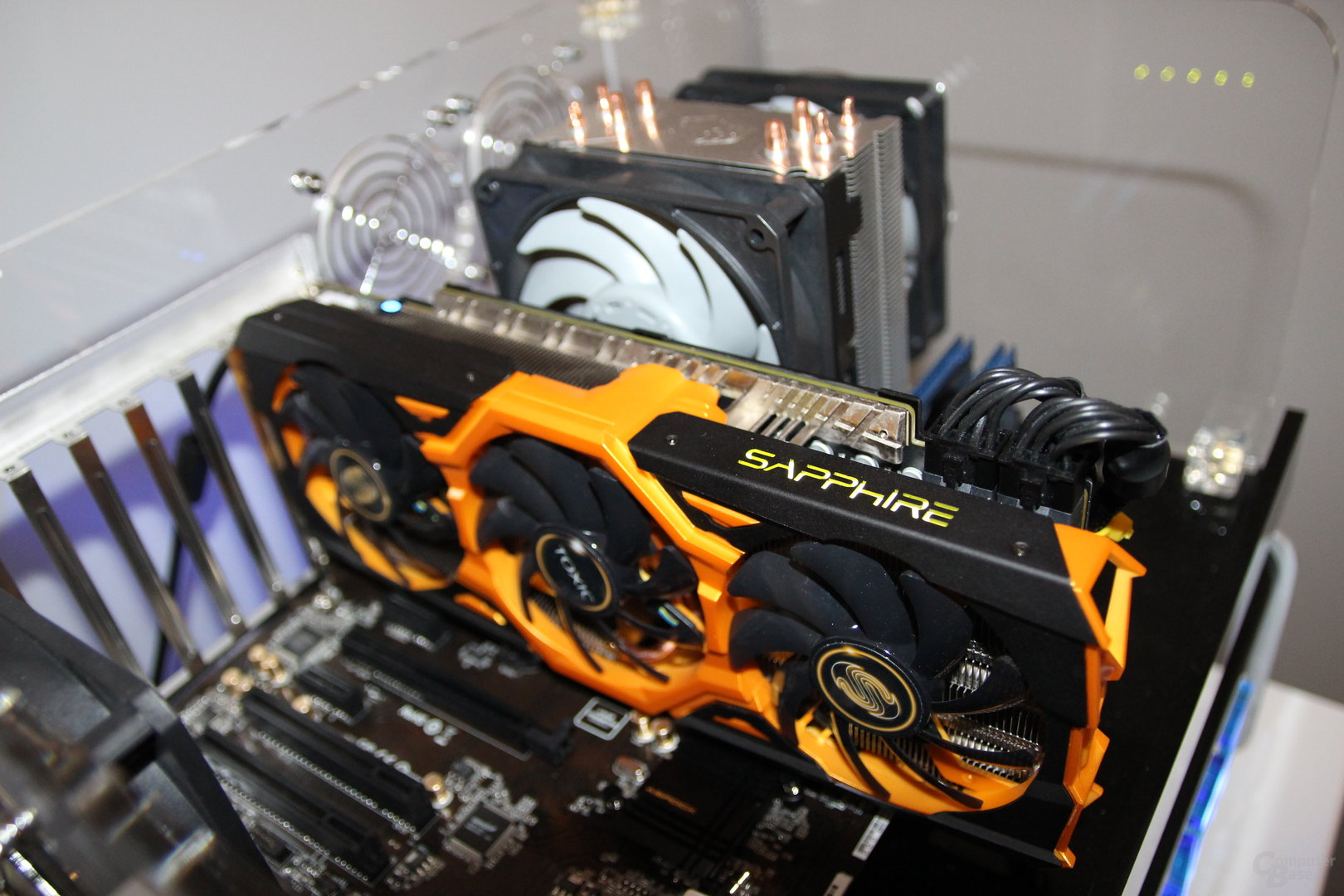Sapphire Radeon R9 290X Toxic