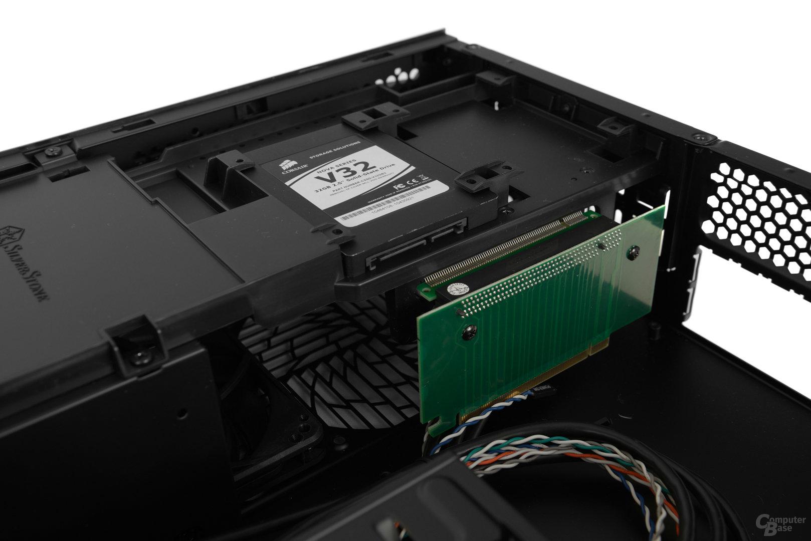 """SilverStone Raven Z - PCIe-Riser-Karte und 2,5""""-Plätze"""