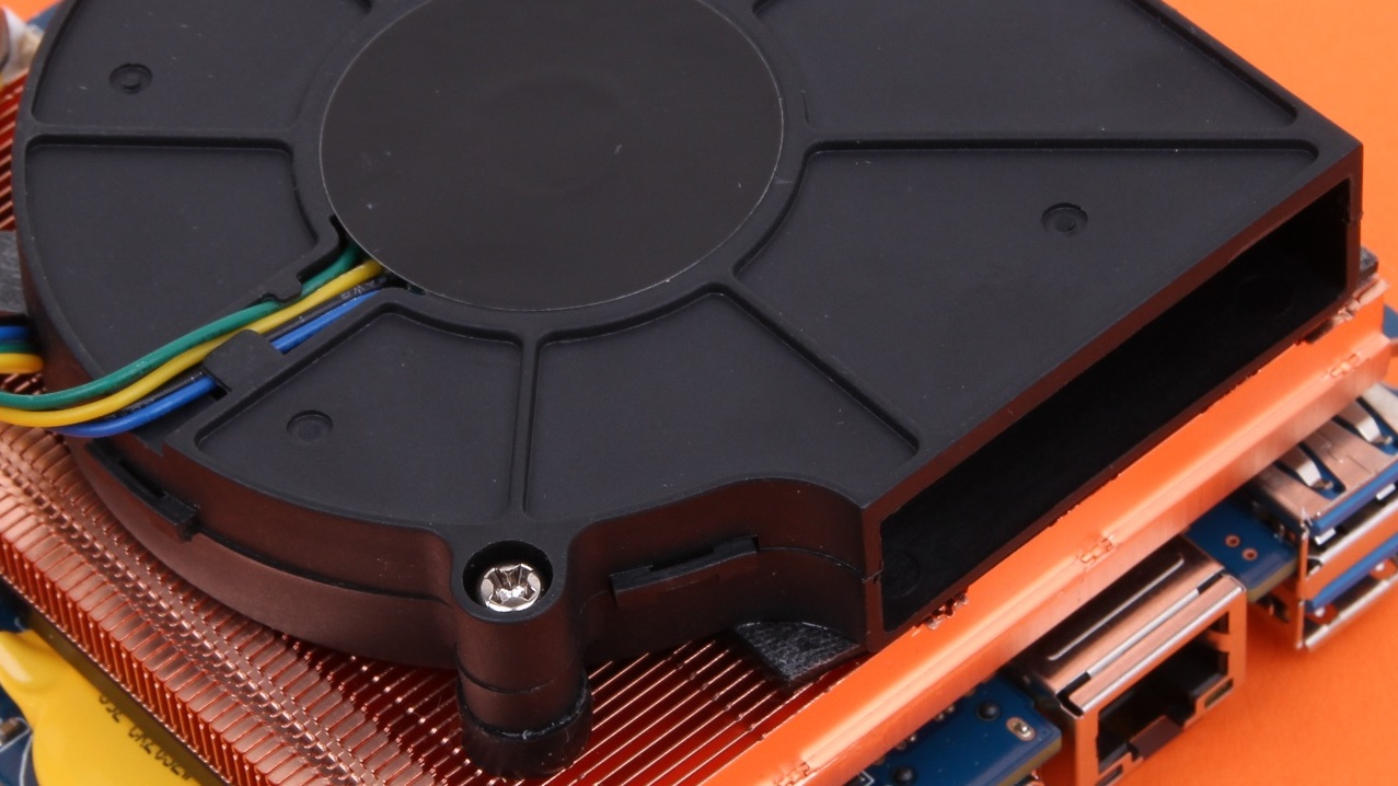 Gigabyte Brix Pro mit Intel Iris Pro 5200 im Test: Gigabytes Steam Machine