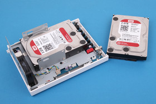 QNAP TS-212P – Festplatteneinbau