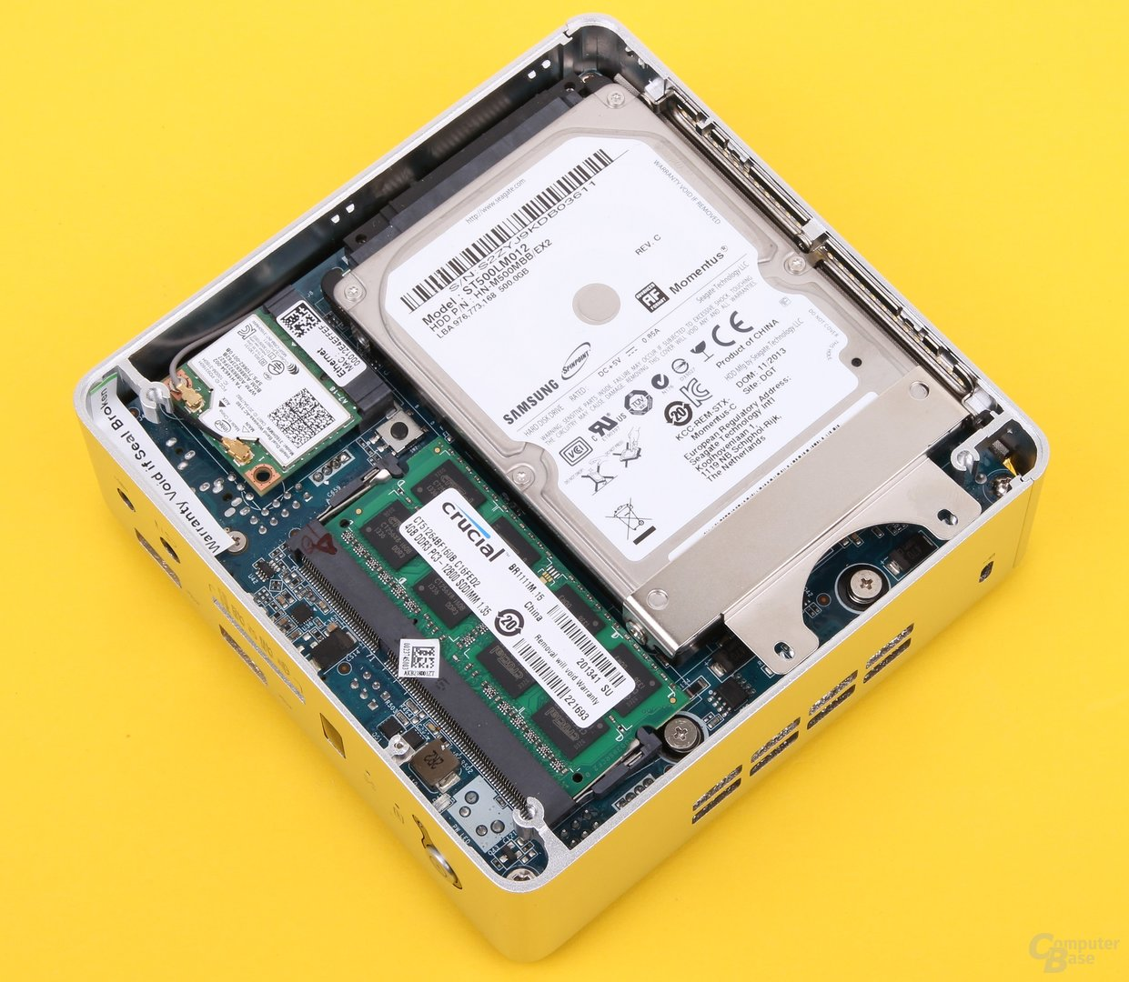 Zotac Zbox nano AQ02 Plus geöffnet