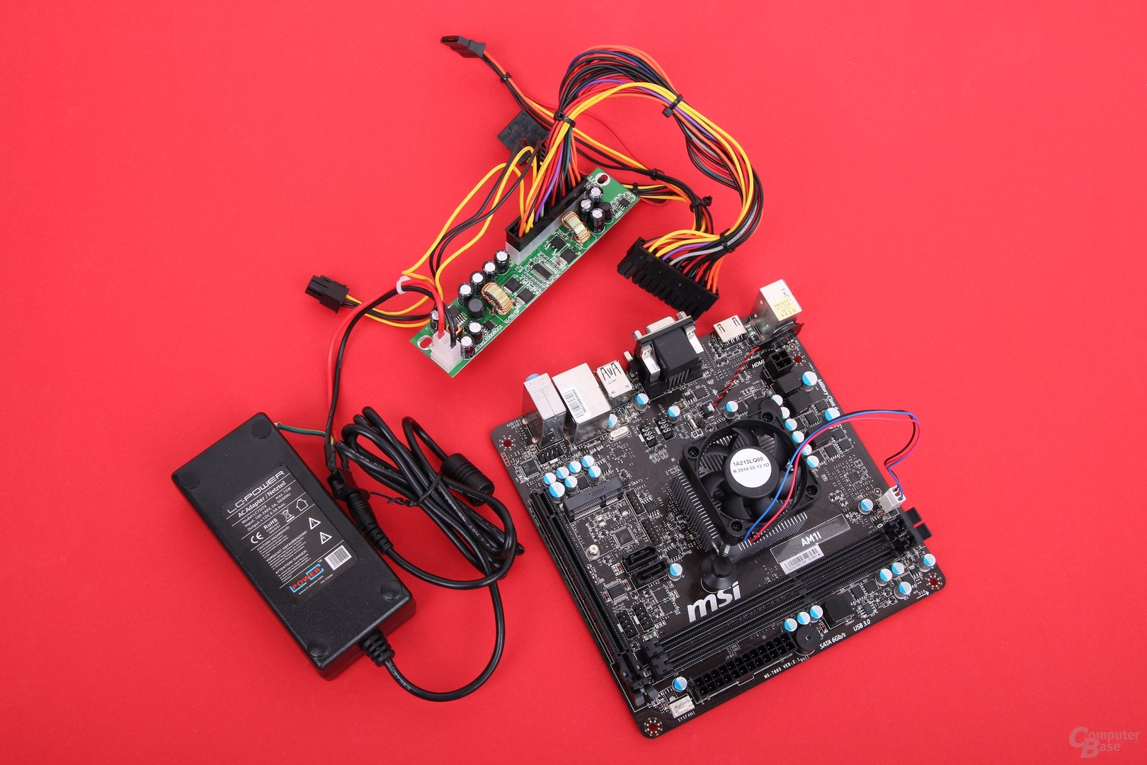 MSI AM1I mit Athlon 5350 und 75-Watt-Netzteil