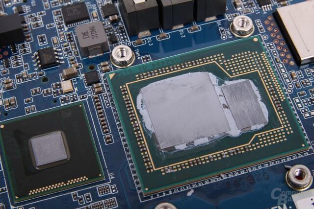 H87-Chipsatz (li), CPU-Die (Mitte) + eDRAM (re.)