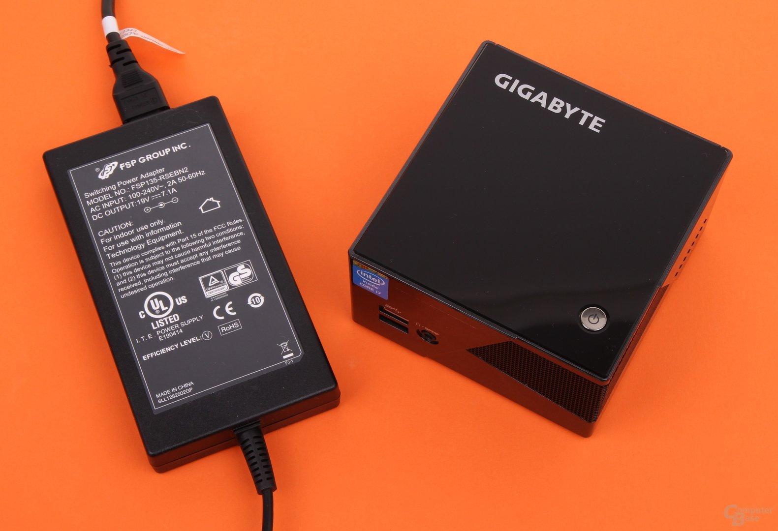 Gigabyte Brix Pro GB-BXi7-4770R mit 135-Watt-Netzteil