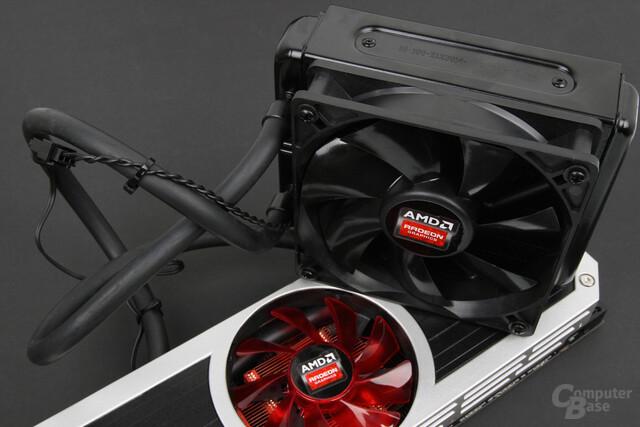 AMD Radeon R9 295X2 – zwei Lüfter sorgen für Frischluft
