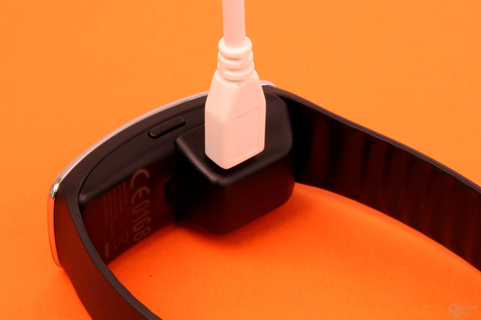 Kabel angeschlossen