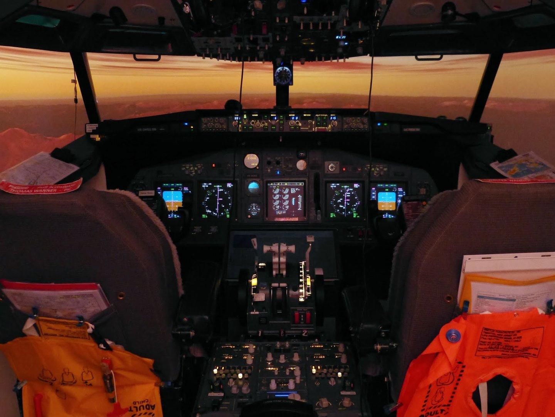 """Cockpit im Eigenbau von """"nils16"""""""