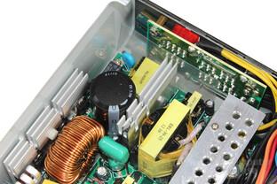 AeroCool GT-500SG - Lötqualität Kabelmanagementplatine