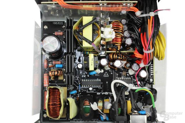 BitFenix Fury 550 Watt - Überblick Elektronik
