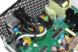 FSP Aurum 92+ 550 Watt - Eingangsfilterung