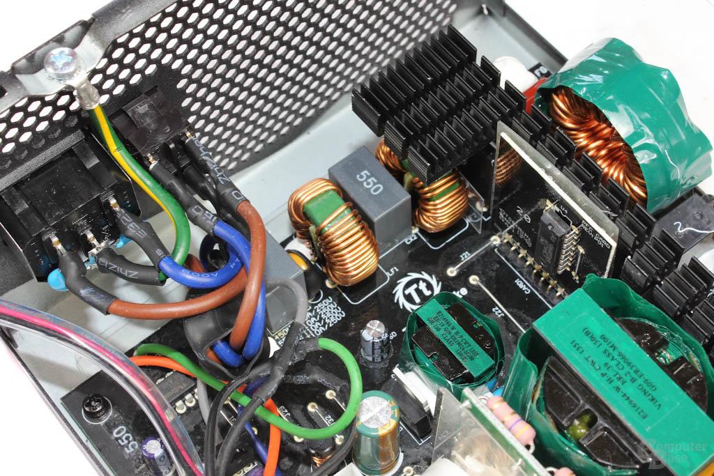 Thermaltake European Series London 550 Watt - Eingangsfilterung im Detail