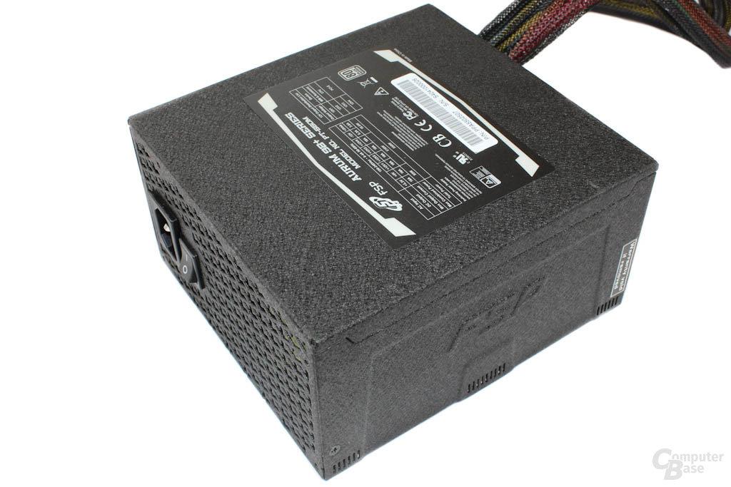 FSP Aurum 92+ 550W – Oberseite