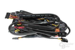 FSP Aurum 92+ 550W – flach ummantelte Kabel