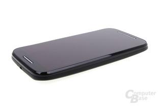 Motorola Moto E im Test: Sehr schlichte und elegante Front