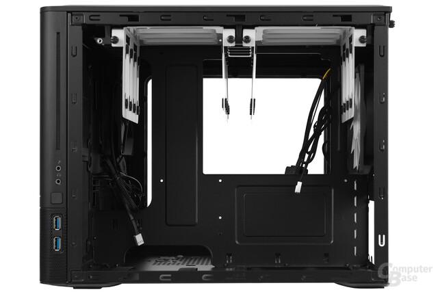 Fractal Design Node 804 - Innenraumansicht Rückseite
