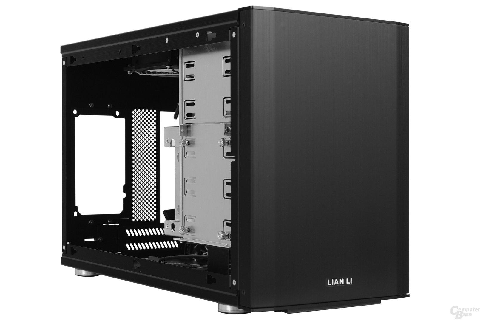 Lian Li PC-Q35 - Seitliche Innenraumansicht