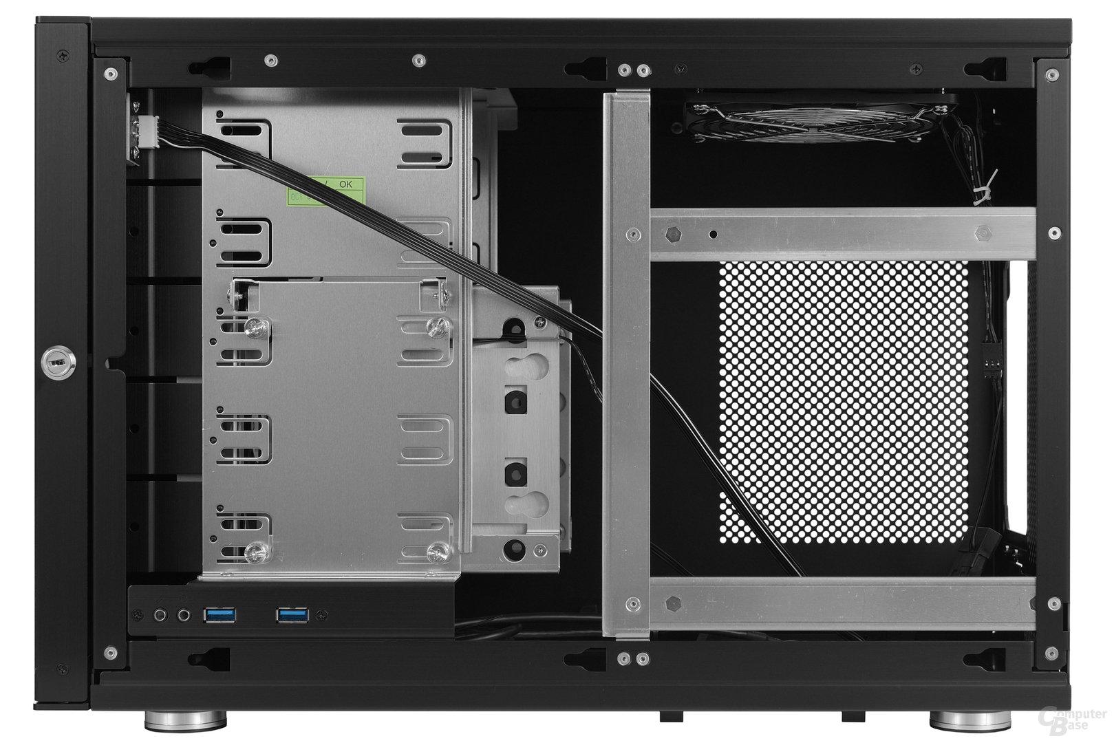 Lian Li PC-Q35 - Innenraumansicht Rückseite