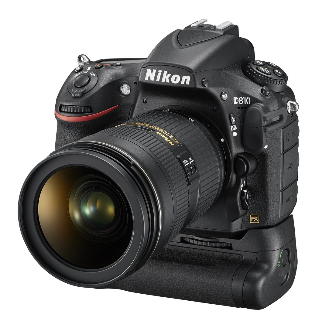 Nikon D810 mit optionalem Batteriegriff MB-D12