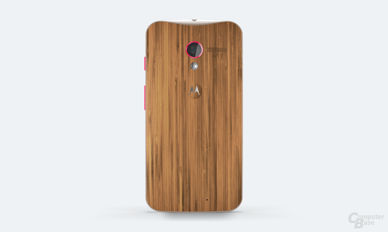 Motorola Moto X mit Rückseite aus Bambusholz