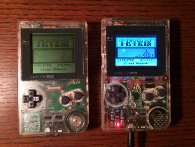 Der Pi Pocket im Gewand des Game Boy Pocket