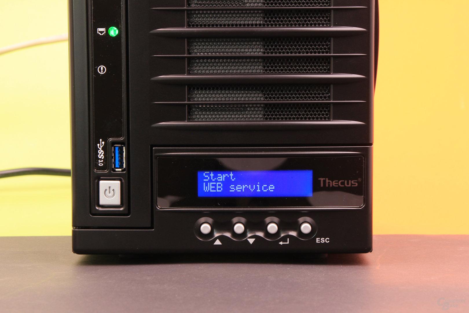 Thecus N4560 – Display