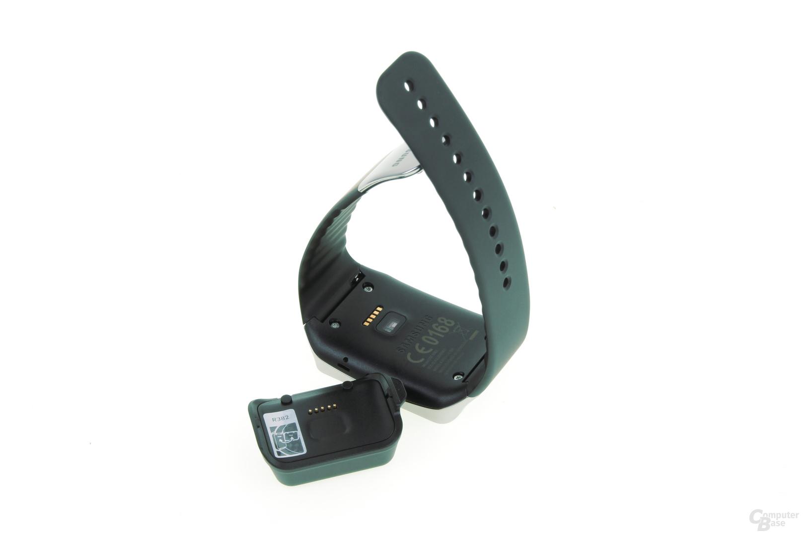 Fummeliger Micro-USB-Clip
