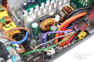 Sharkoon WPM V2 500 Watt – Sekundärseite im Detail