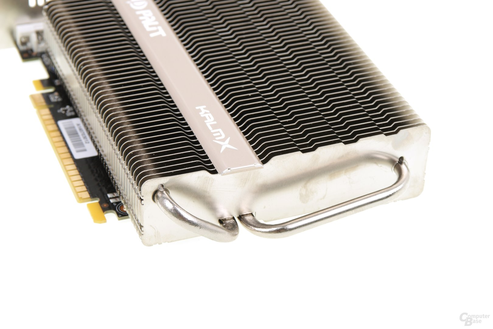 Palit GeForce GTX 750 Ti KalmX - HEatpipes
