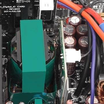 Trafo und Sekundärkondensatoren