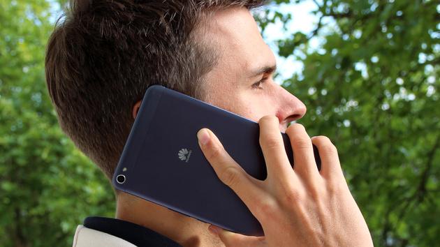 Huawei MediaPad X1 im Test: Träge Software auf 7 Zoll im Alugewand