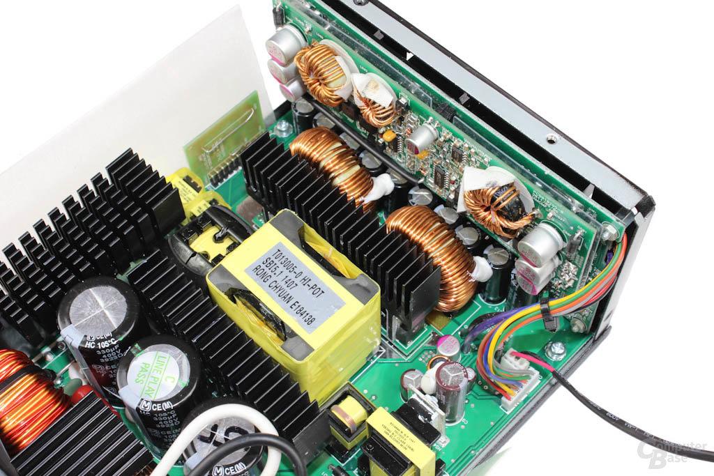 Enermax Platimax 1300W – Sekundärbereich im Detail