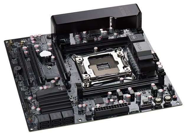 EVGA X99-Mainboard in Micro-ATX