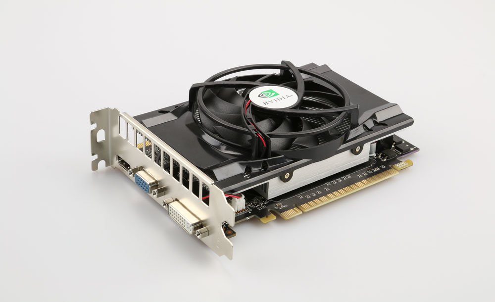 Foto einer vermeintlichen GeForce GTX 660 (Fälschung)