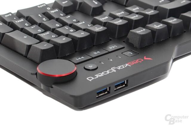 Das ausgestellte Gehäuses bevorteilt die Ausrichtung des USB-Hubs