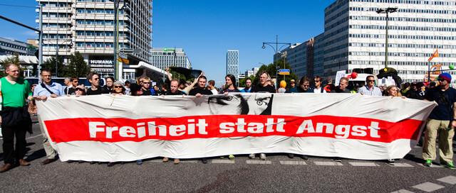 """Freiheit-statt-Angst""-Demo 2012 (Fotograf: Tobias M. Eckrich, CC-BY)"