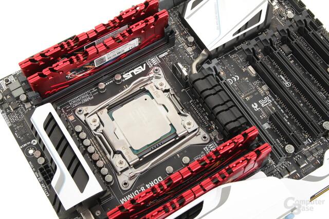 Das X99-Deluxe mit Speicher von G.Skill und Core i7-5960X