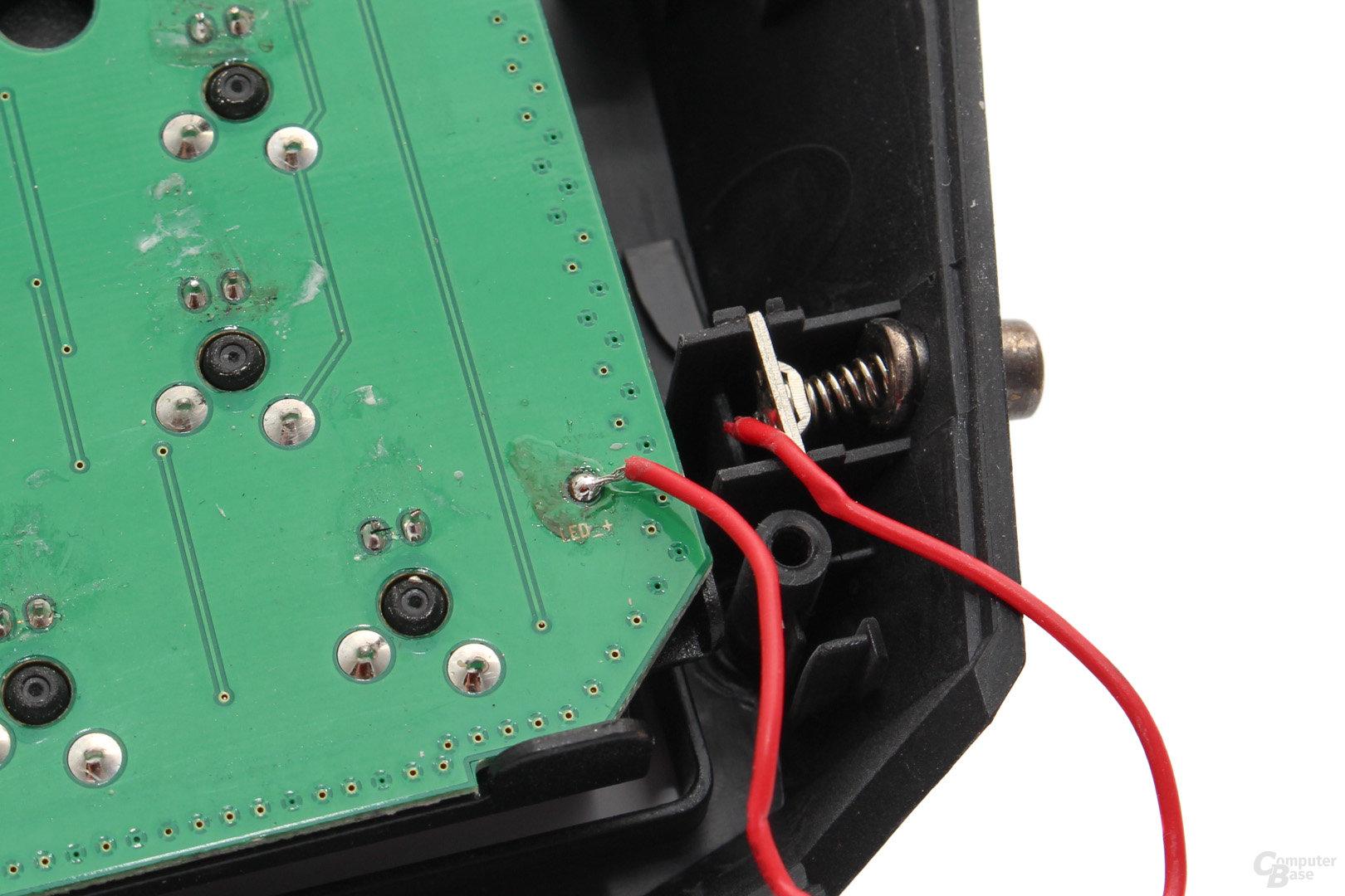Stromübertragung für die Handballenauflage