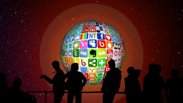 Mobile Gaming: Jeder zweite Jugendliche spielt auf dem Smartphone