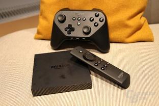 Fire TV mit Fernbedienung und Controller