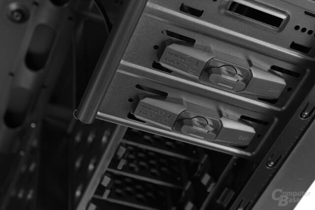"""BitFenix Neos - Schnellverschlüsse für 5,25""""-Laufwerke"""