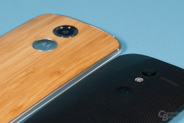 Moto X 2014 Holzrückseite vs. Moto X 2013 mit Rückseite aus Kunststoff