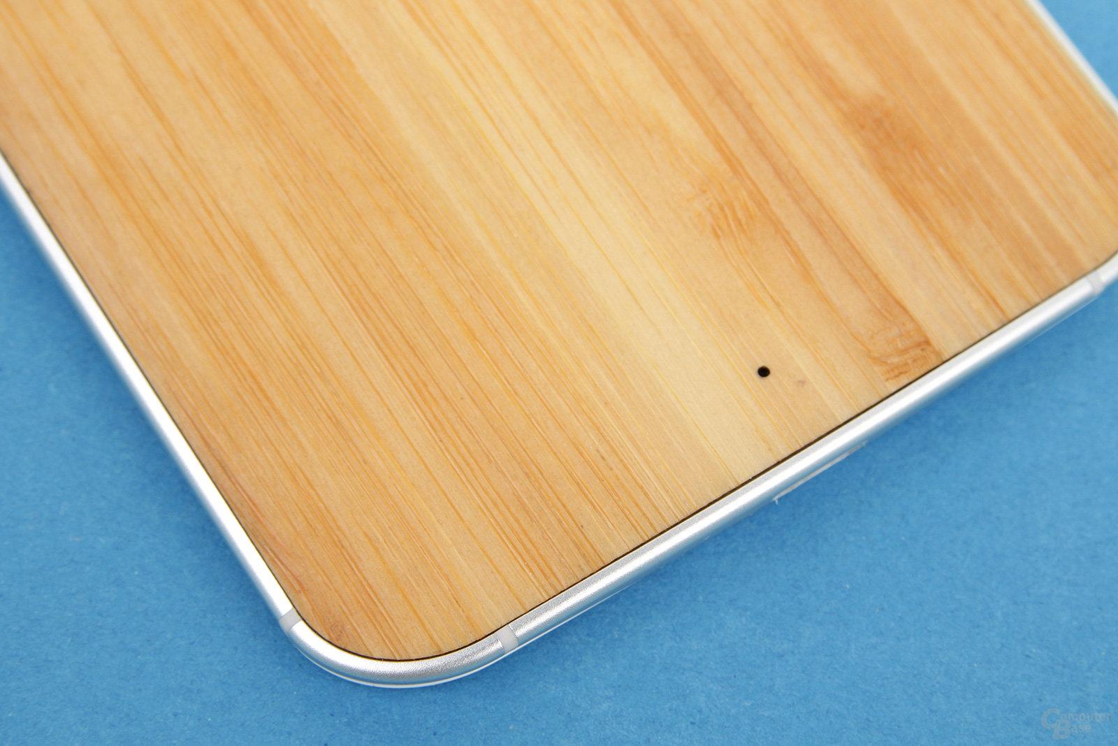 Motorola Moto X 2014 – Rückseite aus FSC-zertifizierten Holz