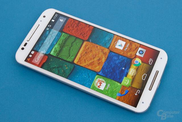 Motorola Moto X 2014 – Kräftige Farben dank AMOLED-Display