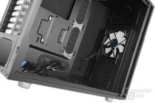 """Fractal Design Define R5 – Oberer Festplattenkäfig und 5,25""""-Laufwerksschacht entfernt"""
