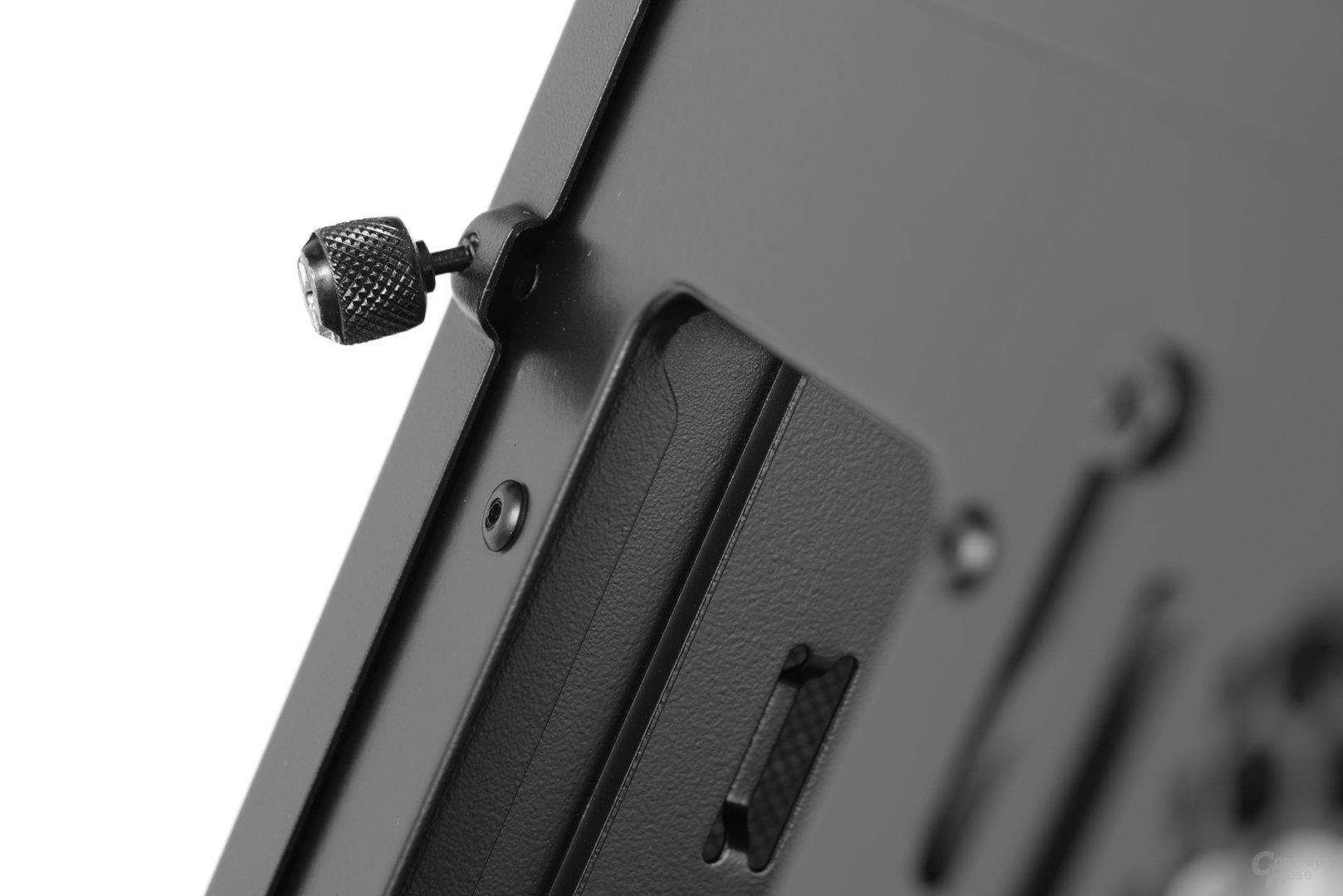 Fractal Design Define R5 – Schraubensicherung